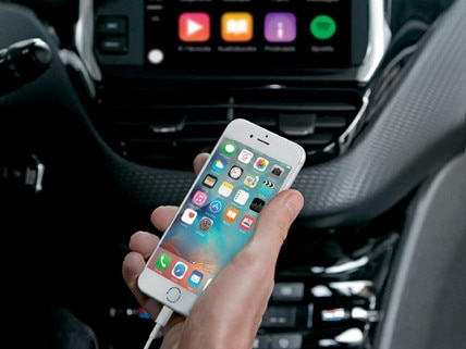 /image/62/2/peugeot-2008-suv-with-apple-carplay.100521.19.jpg